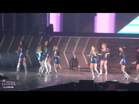 120212 Girls' Generation Tour in Bangkok – BAD GIRL by wobwab