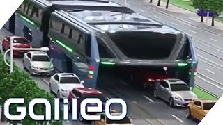 Fake oder Fakt: Der Anti-Stau-Bus in China | Galileo | ProSieben