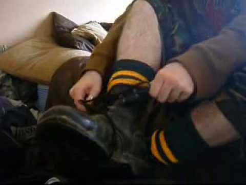 Army boots n sweaty smelly socks Video