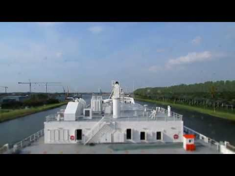 Going from Ghent to Zeebrugge with a ship