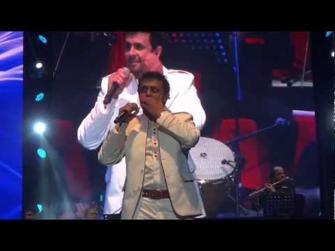 Sonu Nigam sings Main Shaayar To Nahin (Bobby) mixed with Main...