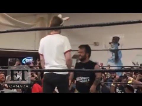 Macaulay Culkin Uses Home Alone Skills In The Wrestling Ring