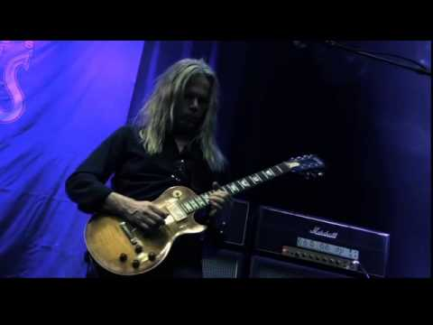 Vandenberg's Moonkings - Close To You (Official Video)