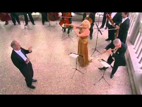 Vivaldi Concerto in C Major - Sir James Galway, LadyJeanne Galway