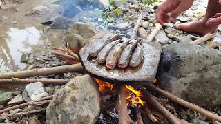 Primitive Technology -cooking mable gobys on the rock - cooking mable gobys delicious