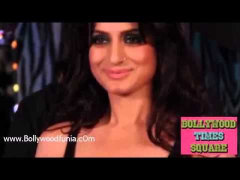 Hot Ameesha Patel Show Sexy Figure  Bollywoodlies.blogspot video