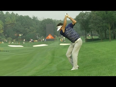 Bubba Watson crushes his approach on the par-5 8th hole at HSBC