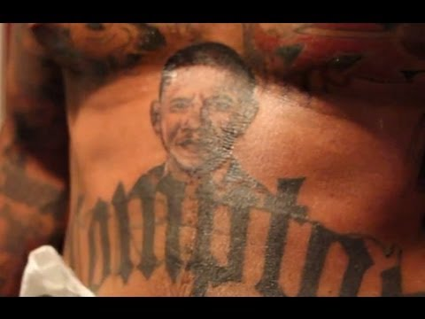 Obama's Embarassing Dad Anti-Tattoo Strategy