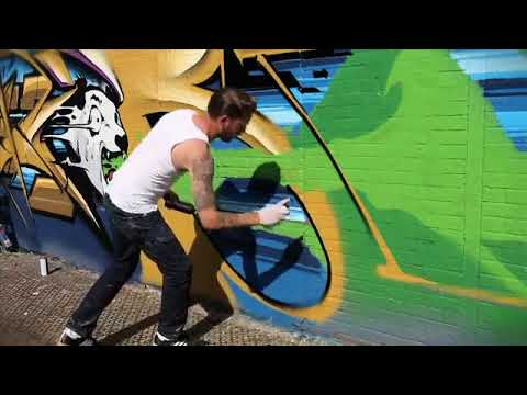 Ironlak - Pose in New York.mp4