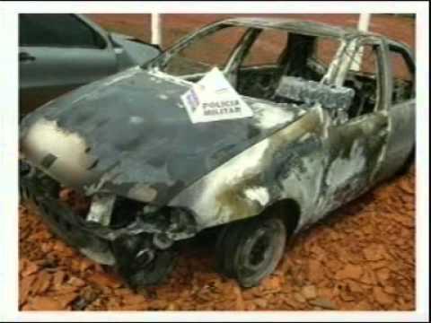 Condutor inabilitado coloca fogo no próprio veículo