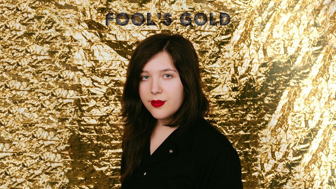 "Lucy Dacus - ""Fool's Gold""のLyric Videoを公開 新譜EP「2019」2019年11月8日発売予定 thm Music info Clip"