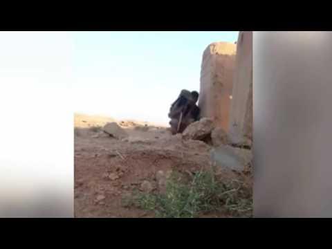 УШЕЛ ОТ СНАЙПЕРСКОГО ВЫСТРЕЛА.ОБМАНУЛ СНАЙПЕРА В СИРИИ.