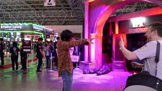 'Resident Evil' zombie at Capcom booth at Tokyo Game Show 2018 [RAW VIDEO]