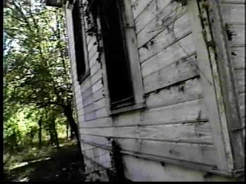 "Actor/Author Gunnar Hansen A.K.A Leatherface takes you on a walk through tour of the famous murder family house from the 1974 classic horror movie ""Texas Cha..."