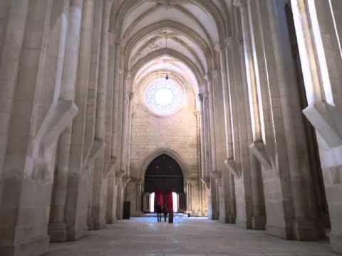 Mosteiro de Alcoba�a / Alcoba�a Monastery - Portugal