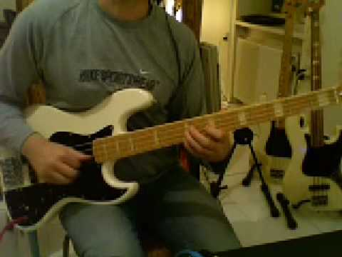 L42 Slap bass Em pentatonic fill-line