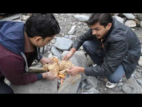 Frozen Parantha's Reheating on the way to Beas Kund