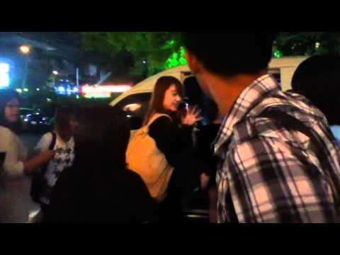 [Fancam] 110313 Wonder Girls @ MK Gold Ekamai, BKK Thailand (by Wasinee)