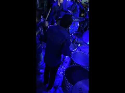 Palomazo tocando el Son de las Comadritas en las Tarolas con Banda Sertao