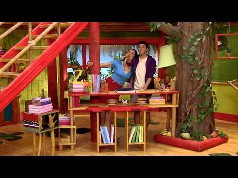 Estela Ribeiro e Vini - Livros Casa do Disney Junior