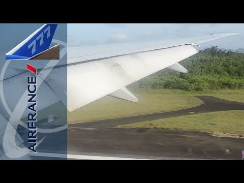 Boeing 777-300ER Beautiful approach and landing in Martinique