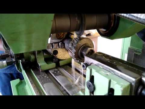 Helical gear operation in milling machine