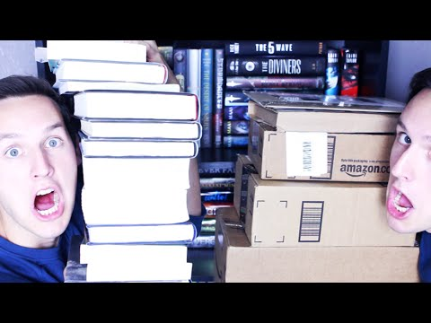 BOOK HAUL & BELATED BIRTHDAY UNBOXING!