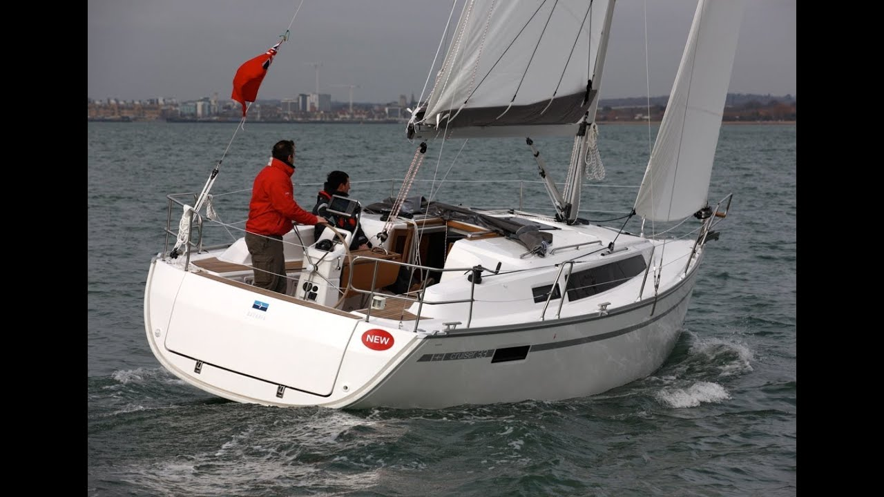 Yachting Monthly 39 S Bavaria 33 Cruiser Test Youtube