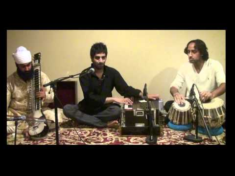 Naval Pandit Singing: Kaash Aisa Manzar