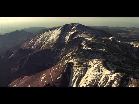 Nuova Range Rover Sport Pikes Peak Driven Challenge Trailer