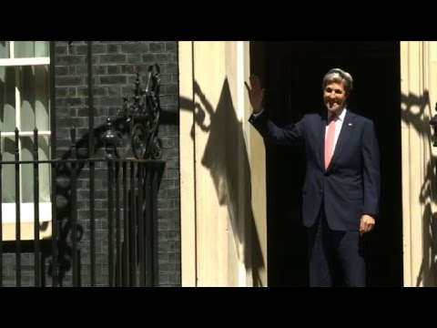 John Kerry hit by 10 Downing Street door as he enters for talks