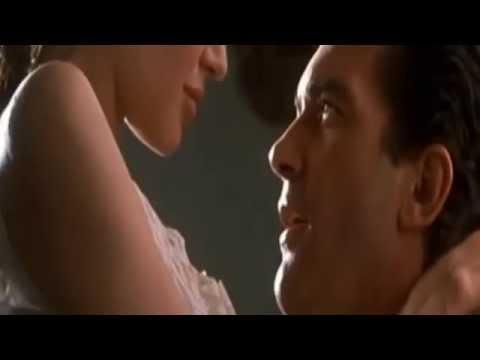 angelina jolie kiss hot sex