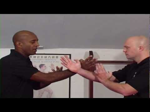Wing Chun Techniques - How to Bridge Part 1 Image 1