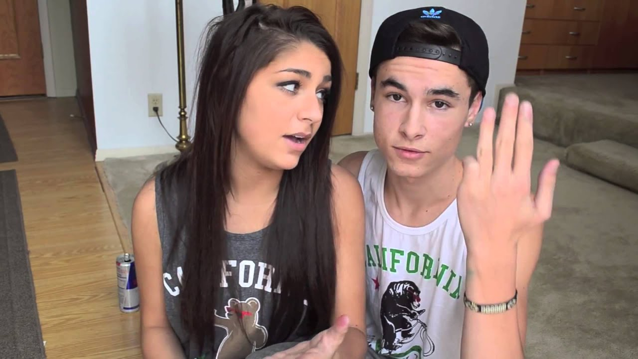 kian lawley dating andrea russett Laura3 years ago i am sitting in my roomi kept looking at the door im still waiting kian3 aww kian stop you're making me blush i'll defo give you a hug and a kiss even before we date  read more kian lawley discusses andrea russett break-up & reveals sam pottorff secrets #askkian pt 2.