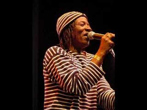 Alpha blondy - marijuana Video