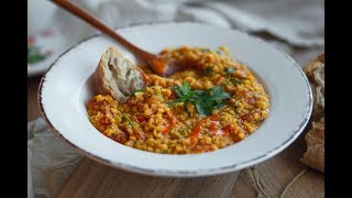 RED LENTIL DAHL // super easy recipe