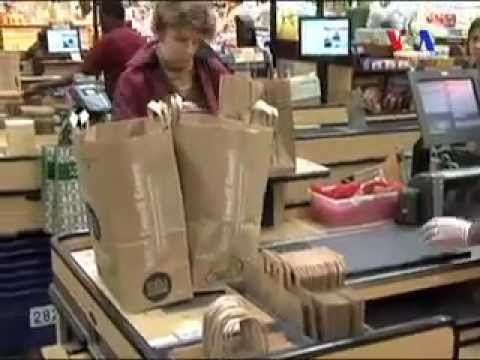 Coupons Save Americans Money- Sarah Zaman- Urdu VOA