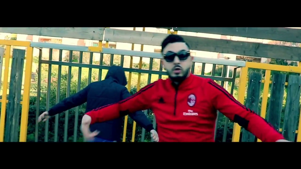 Mkns - J'suis qu'un rebeu - ( clip officiel du remix ghetto de  benash )