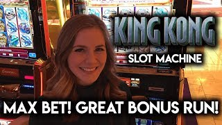 King Kong Slot Machine! So Many Bonuses and Re-triggers! Great Run!!!