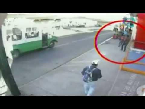 Impresionantes imágenes de un asalto a mano armada en banco del DF (VIDEO) /Expediente 28