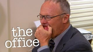 Creed Eats A Potato - The Office US