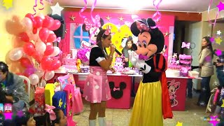 SHOW CON MINNIE Y MICKEY
