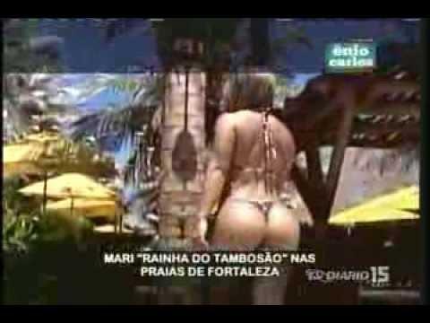 Enio Carlos 24-06-13 - Um pedaçinho de Mari na praia e piscina