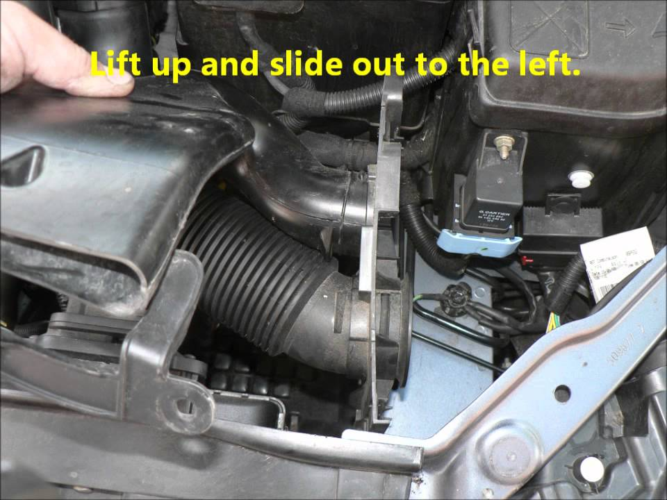 Citroen C4 1 6 Hdi Air Amp Oil Filter Change Youtube