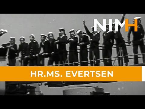 Hr.Ms. Evertsen in 1951 terug in Nederland, na deelname Korea-oorlog