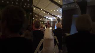 Bride Surprises Father In Father Daughter Dance The Girl You Think I Am Carrie Underwood