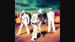 Watch Primus Is It Luck video