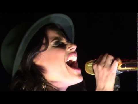 Nelly Furtado Try Live Montreal 2013 HD 1080P