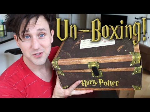 Sheltered Homeschooler Reads Harry Potter: Unboxing video