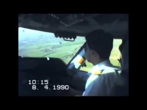 Circuit training in a KLM 747 at Shannon Airport in 1990